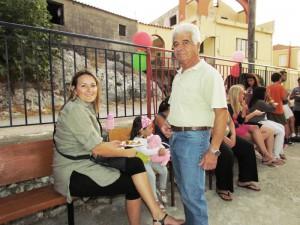 Ο πρόεδρος του Συλλόγου Δημήτρης Σιμιτζής, συγχαίρει την Φωτεινή για την πρωτοβουλία της