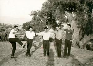 Από αριστερά: Βασίλειος Μούντριχας, Κωνσταντίνος Δούνας (Κουμουσόμητσος), Βαγγέλης Γεωργίου, Νίκος Κόκλας, Γιάννης Παρασκευάς